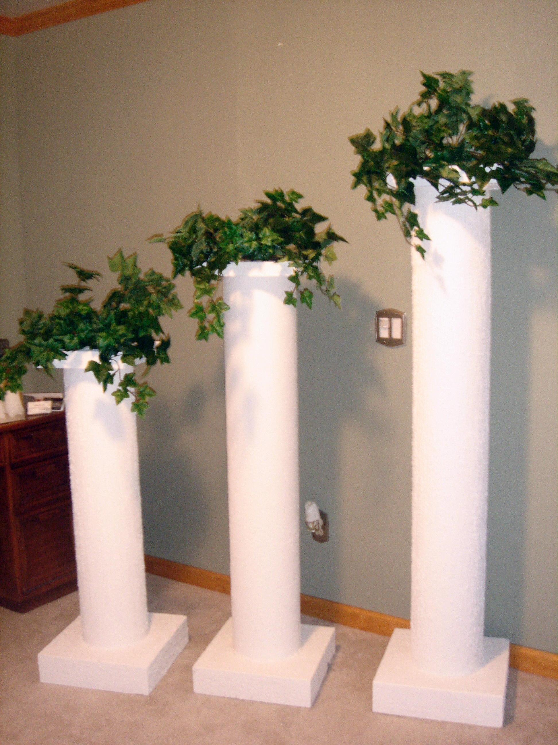 dreams lighted columns pillars decorating head table