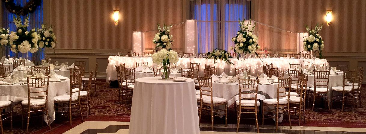 Dreams-Lighted columns, pillars,decorating head table